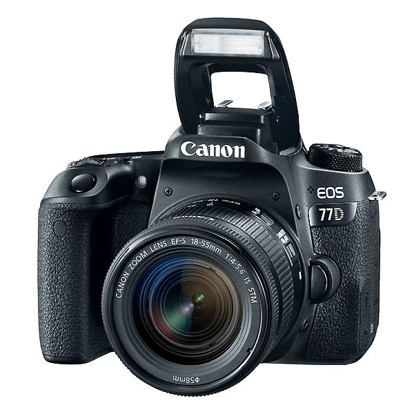 CANON EOS 77D + 18/135 IS STM Europa  nuovo